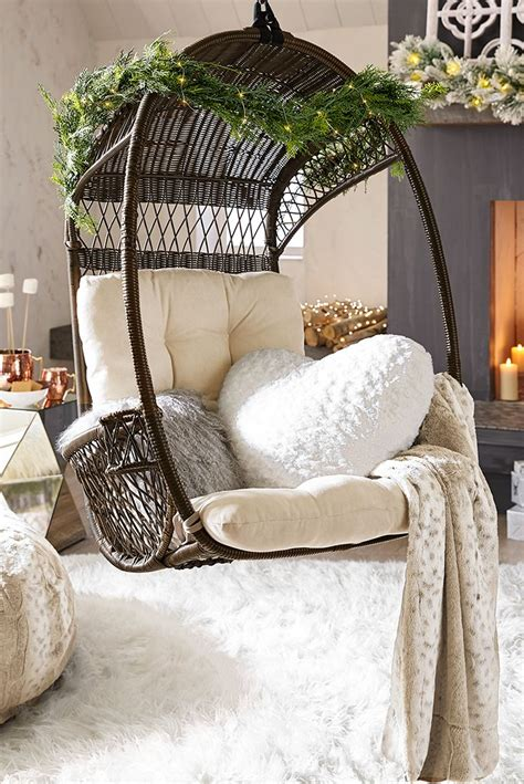 hanging swing chair bedroom best 25 hanging chairs ideas on pinterest hanging chair