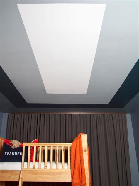 Ceiling Design Paint by How To Paint A Graphic Modern Room Ceiling Design