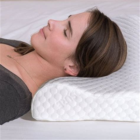 best bed pillows for neck pain top 10 best cervical pillows for neck pain in 2017