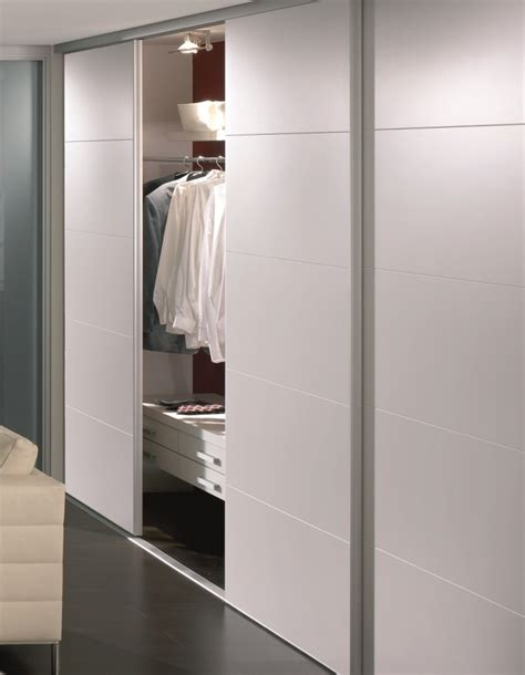 Wardrobe Room Divider 1000 Ideas About Sliding Room Dividers On Pinterest Sliding Wall Room Dividers And Bedroom