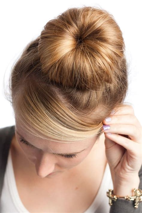 Sock Bun Hairstyles by How To Sock Bun Hairstyle 171 Says Glitz Glam
