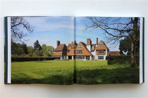 sir edwin lutyens the arts crafts houses books a modern day survey of lutyens arts crafts houses
