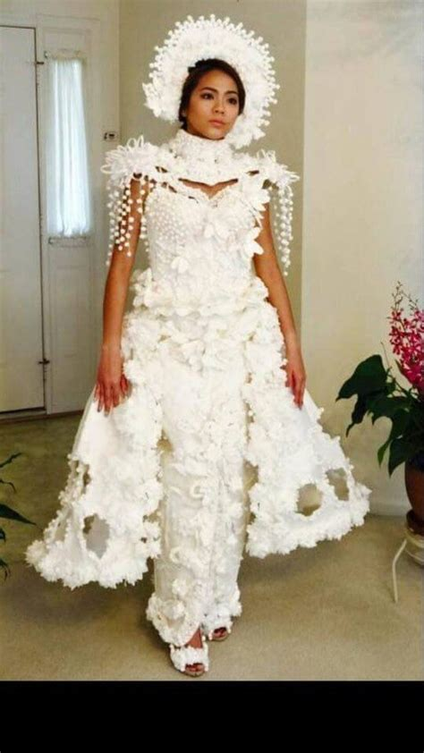 How To Make A Dress Out Of Tissue Paper - these toilet paper wedding dresses are totally