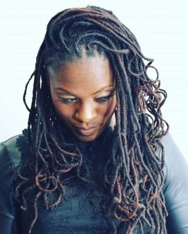 can you start off yarn braids into locs 5 free form