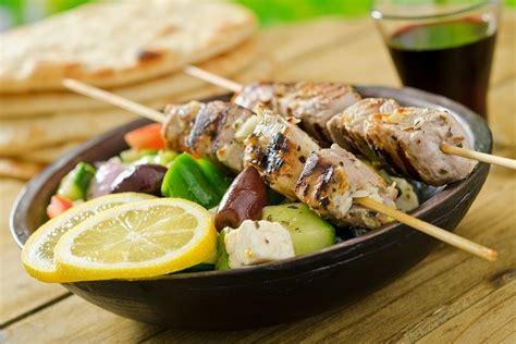lamb kebabs and greek salad weight loss recipes bodytrim
