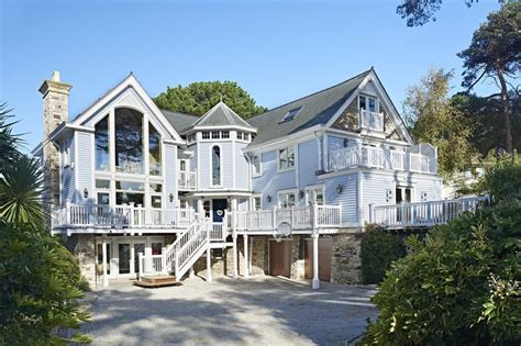 new england beach house plans 17 best images about beach hut on pinterest cabinets