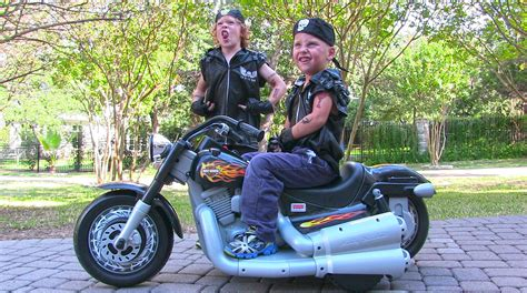 Harley Davidson Ride On Toys by Power Wheels Harley Davidson Ride On Motorcycle