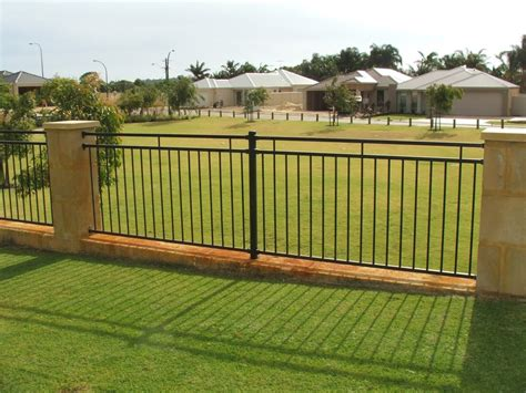 Fencing Backyard Ideas Minimalist Fence Designs Ideas Fence Aluminium Garden Design Ideas