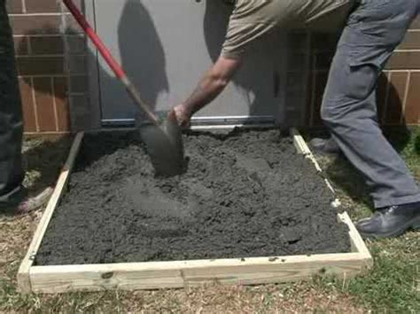 how to make a concrete slab with sakrete