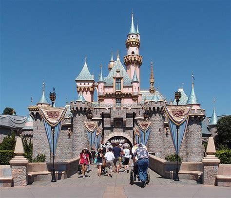 Disney 13th Floor - exploring two of disney s most nightmarish abandoned parks