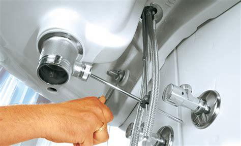 ablaufgarnitur badewanne wechseln waschtisch armatur waschbecken wc selbst de