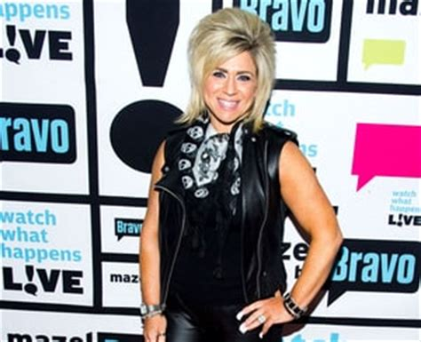 how old is theresa caputo caputo theresa caputo 25 things you don t know about me us weekly