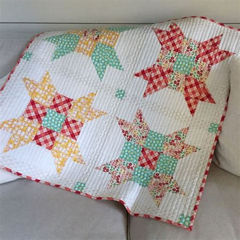 Quarter Baby Quilt Patterns Free by 25 Best Ideas About Quarter Quilt Patterns On