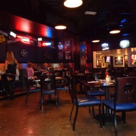 toby keith vegas bar toby keith s i love this bar grill 249 photos 475