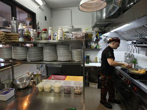 ristorante cucina a vista ristorante trattoria casa in trastevere la cucina a