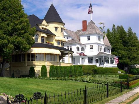 summer homes big beautiful homes and adorable little cottages are