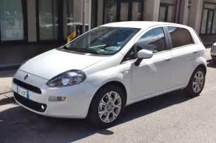 Fiat Putno File Fiat Punto 2012 5door Front Jpg