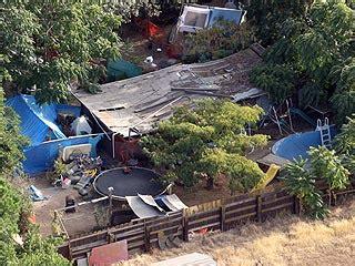 jaycee dugard backyard photos the hellish compound where jaycee dugard was held crime courts jaycee