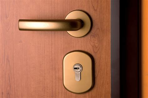 installazione porte blindate vendita e installazione porte blindate a cesano boscone