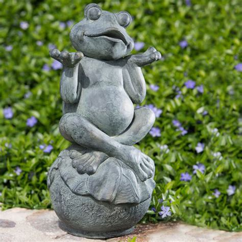 carefree frog garden statue garden statues frogs and