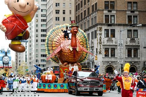 new year day parade nyc macys new years day 28 images macy s thanksgiving day