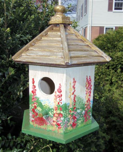 Decorative Birdhouses by White Birdhouse Painted Decorative Birdhouses