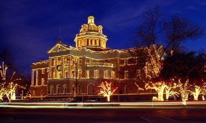 marshall tx christmas lights display harrison county courthouse marshall