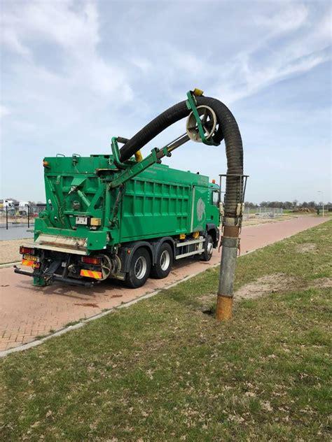 man tga   rsp saugbagger combi vacuum trucks year   sale mascus usa