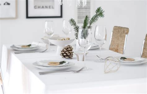 pretty tables pretty table setting idea for christmas
