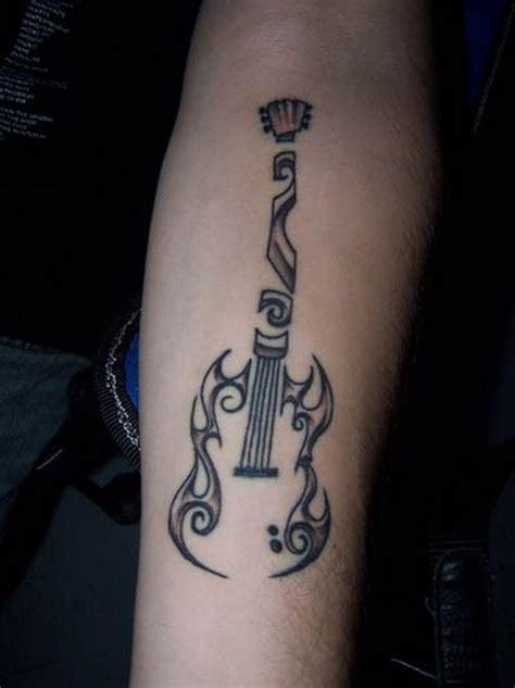 ungew 246 hnliche tribal schwarzwei 223 e gitarre tattoo am