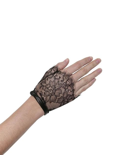 Glove Leather New Black For And Lace Back Knope hidy n g cut slik lace gloves in black lyst
