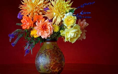 Flowers And Vases Vintage Vase Flowers Wallpaper 38285