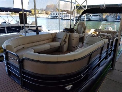coach pontoon boat trader 2017 coach pontoons 25 re bar boat in stock 25 foot