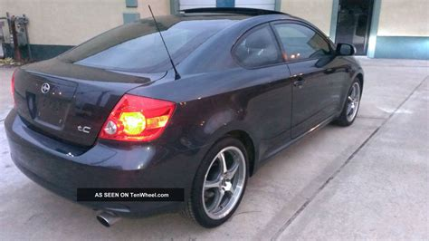 Toyota Scion Tc 2005 2005 Scion Tc Base Coupe 2 Door 2 4l Flint Mica Gray 05