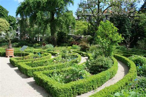 Amsterdam Botanical Garden Hortus Botanical Gardens Amsterdam Centrum In Amsterdam