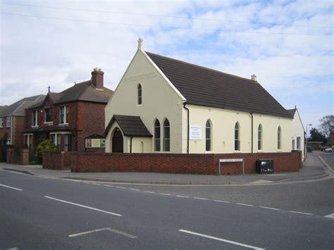 Wonderful Churches Pentecostal #1: Hayling_Island,_Elim_Pentecostal_Church_-_geograph.org.uk_-_148271.jpg