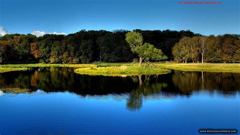 Natural Beautiful Wallpapers 2013 Free Download For