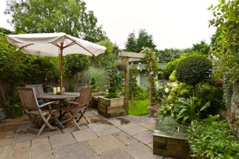 Spanish Kitchen Design small garden design portfoilo rosalind millar