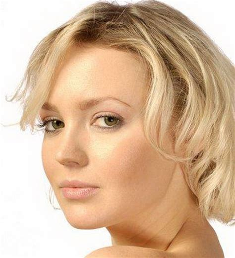 no neck hairstyles flattering short hairstyles for round faces short