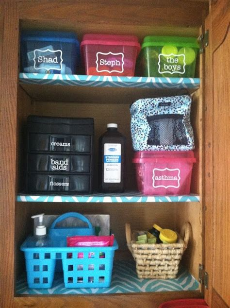 how to organize medicine cabinet 124 best images about organized medicine cabinets on