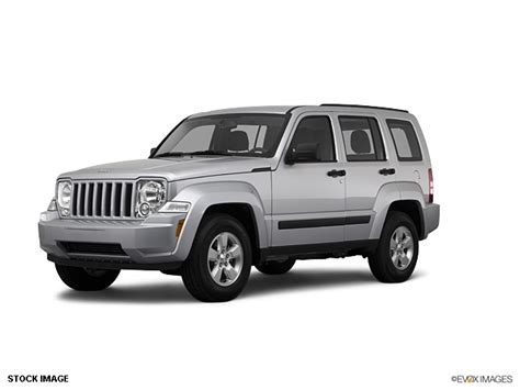 silver jeep liberty 2012 2012 jeep liberty silver 200 interior and exterior images