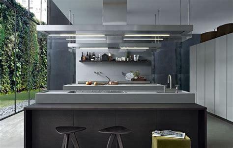 minimal kitchen by varenna poliform interiors