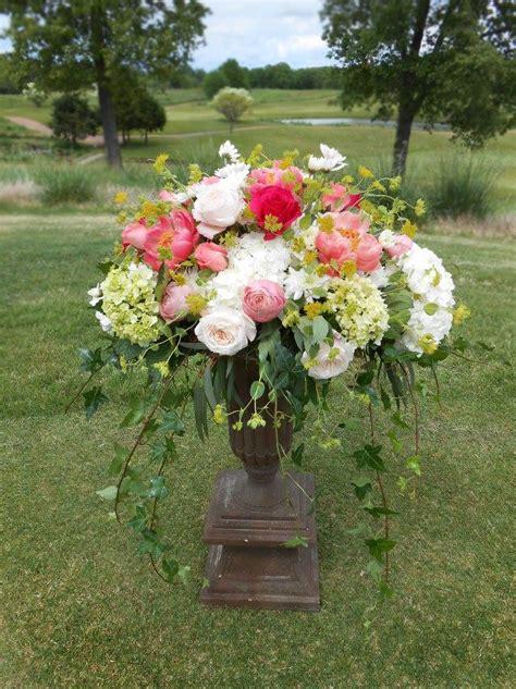 Peony Arrangement Florist Friday Recap 5 25 5 31 Patriotic Pride