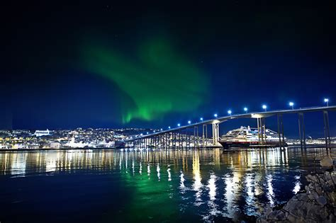 tromso northern lights tour tromso northern lights tour from rovaniemi two nights in
