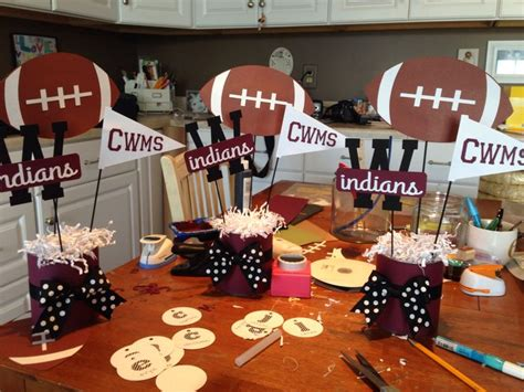 Football Banquet Decorations by Best 25 Football Cheerleading Ideas On