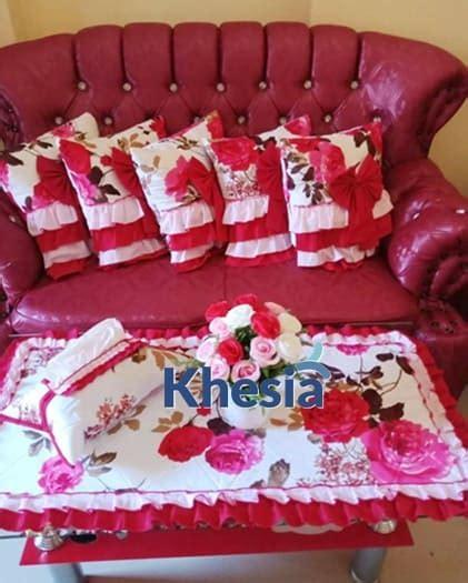 Set Meja Makan Taplak Meja Sarung Kursi 1 motif bunga untuk taplak meja dari khesia memang paling oke