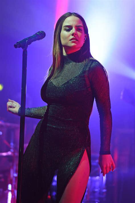 Joanna Jojo Levesque - Performs in Concert in Fort ... Jojo 2017 Photoshoot