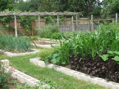 small garden layout ideas vegetable garden layout ideas home design ideas