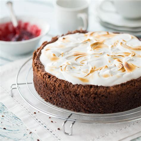 kirsch baiser kuchen schoko kirsch kuchen mit baiser beliebte rezepte f 252 r