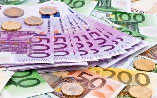 Different Home Styles euro banknotes and coins europedirect lt